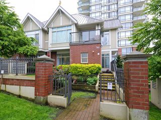 """Photo 1: 1 4132 HALIFAX Street in Burnaby: Brentwood Park Townhouse for sale in """"Marquis Grande"""" (Burnaby North)  : MLS®# R2192165"""