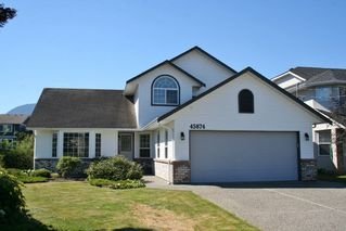 Photo 1: 45874 HIGGINSON Road in Sardis: Sardis East Vedder Rd House for sale : MLS®# R2193450