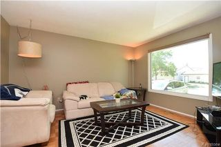 Photo 2: 198 Pentland Street in Winnipeg: North Kildonan Residential for sale (3G)  : MLS®# 1720844