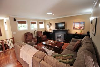 """Photo 3: 20944 48 Avenue in Langley: Langley City House for sale in """"Newlands"""" : MLS®# R2204412"""