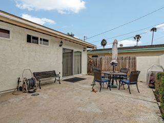 Photo 4: CLAIREMONT House for sale : 3 bedrooms : 4025 Mount Blackburn Ave in San Diego