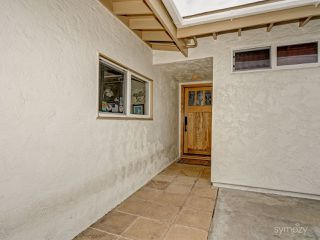 Photo 5: CLAIREMONT House for sale : 3 bedrooms : 4025 Mount Blackburn Ave in San Diego