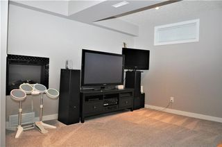 Photo 38: 7067 EDGEMONT Drive NW in Calgary: Edgemont House for sale : MLS®# C4143123