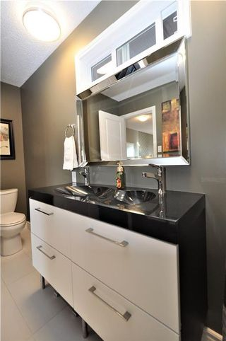 Photo 27: 7067 EDGEMONT Drive NW in Calgary: Edgemont House for sale : MLS®# C4143123