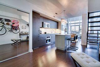 Photo 5: 526 5 Hanna Avenue in Toronto: Niagara Condo for sale (Toronto C01)  : MLS®# C3996505