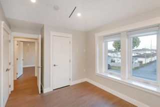 Photo 13: 2250 E 54TH Avenue in Vancouver: Fraserview VE House for sale (Vancouver East)  : MLS®# R2226009