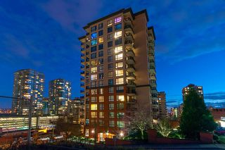 "Photo 15: 1506 813 AGNES Street in New Westminster: Downtown NW Condo for sale in ""NEWS"" : MLS®# R2248661"