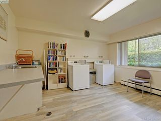 Photo 17: 105 909 Pendergast St in VICTORIA: Vi Fairfield West Condo Apartment for sale (Victoria)  : MLS®# 785839