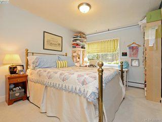 Photo 13: 105 909 Pendergast St in VICTORIA: Vi Fairfield West Condo Apartment for sale (Victoria)  : MLS®# 785839