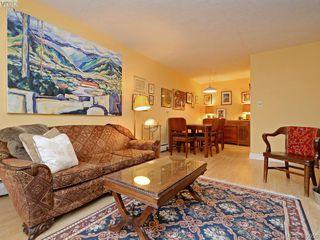 Photo 5: 105 909 Pendergast St in VICTORIA: Vi Fairfield West Condo Apartment for sale (Victoria)  : MLS®# 785839