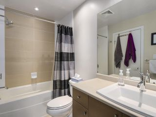 "Photo 10: 209 6440 194 Street in Surrey: Clayton Condo for sale in ""WATERSTONE"" (Cloverdale)  : MLS®# R2270784"