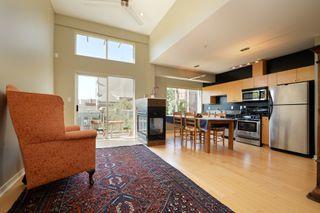 Photo 2: 305 1721 Quadra St in VICTORIA: Vi Central Park Condo Apartment for sale (Victoria)  : MLS®# 793599