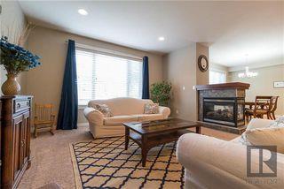 Photo 3: 15 850 John Bruce Road in Winnipeg: Royalwood Condominium for sale (2J)  : MLS®# 1817491
