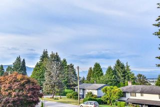 Photo 4: 1538 EASTERN Drive in Port Coquitlam: Mary Hill House for sale : MLS®# R2305026