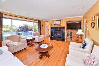 Photo 20: 4520 Markham Street in VICTORIA: SW Beaver Lake Single Family Detached for sale (Saanich West)  : MLS®# 400436