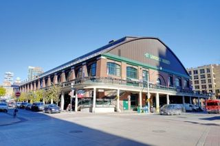 Photo 11: 2401 25 The Esplanade in Toronto: Waterfront Communities C8 Condo for sale (Toronto C08)  : MLS®# C4291119