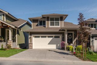 """Main Photo: 34 50634 LEDGESTONE Place in Chilliwack: Eastern Hillsides House for sale in """"The Cliffs"""" : MLS®# R2319969"""