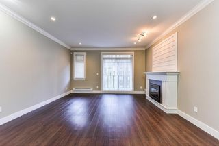 "Photo 7: 42 6383 140 Street in Surrey: Sullivan Station Townhouse for sale in ""Panorama West Village"" : MLS®# R2326790"