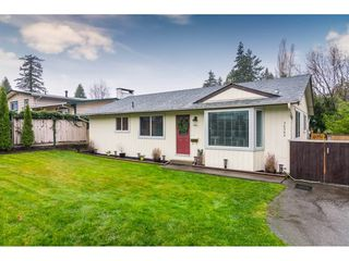 Main Photo: 20265 48 Avenue in Langley: Langley City House for sale : MLS®# R2329882
