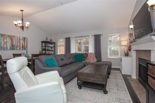 "Photo 2: 55 20788 87 Avenue in Langley: Walnut Grove Townhouse for sale in ""Kensington Village"" : MLS®# R2334392"