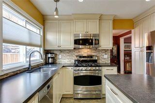 Photo 11: 10636 MAPLEGLEN Crescent SE in Calgary: Maple Ridge Detached for sale : MLS®# C4225392