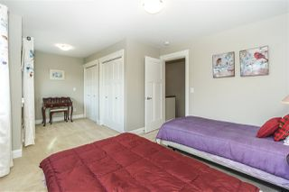 """Photo 16: 1038 165 Street in Surrey: King George Corridor House for sale in """"Southbrooke"""" (South Surrey White Rock)  : MLS®# R2348137"""
