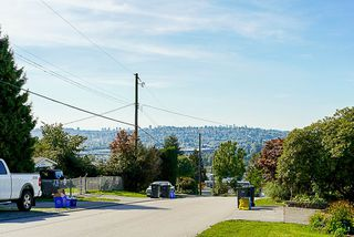 Photo 11: 2000 PALLISER Avenue in Coquitlam: Central Coquitlam House for sale : MLS®# R2352843