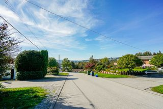 Photo 6: 2000 PALLISER Avenue in Coquitlam: Central Coquitlam House for sale : MLS®# R2352843