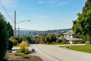 Photo 12: 2000 PALLISER Avenue in Coquitlam: Central Coquitlam House for sale : MLS®# R2352843