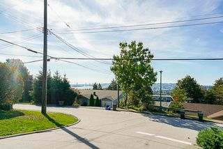 Photo 8: 2000 PALLISER Avenue in Coquitlam: Central Coquitlam House for sale : MLS®# R2352843