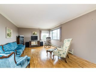 """Photo 7: 305 20460 54 Avenue in Langley: Langley City Condo for sale in """"WHEATCROFT MANOR"""" : MLS®# R2363147"""