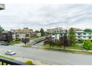 "Photo 17: 305 20460 54 Avenue in Langley: Langley City Condo for sale in ""WHEATCROFT MANOR"" : MLS®# R2363147"