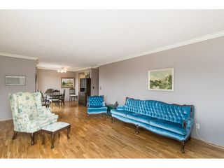 """Photo 8: 305 20460 54 Avenue in Langley: Langley City Condo for sale in """"WHEATCROFT MANOR"""" : MLS®# R2363147"""