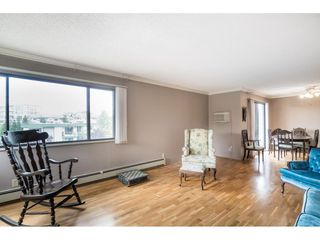 "Photo 3: 305 20460 54 Avenue in Langley: Langley City Condo for sale in ""WHEATCROFT MANOR"" : MLS®# R2363147"