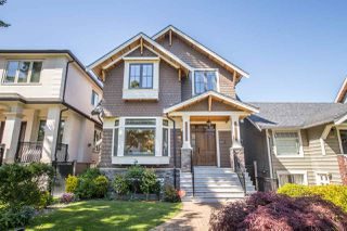 "Photo 1: 3535 W 23RD Avenue in Vancouver: Dunbar House for sale in ""DUNBAR"" (Vancouver West)  : MLS®# R2369247"