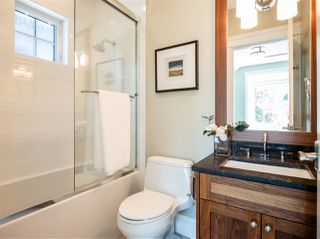 "Photo 17: 3535 W 23RD Avenue in Vancouver: Dunbar House for sale in ""DUNBAR"" (Vancouver West)  : MLS®# R2369247"