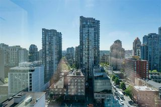 Photo 13: 1606 1188 HOWE Street in Vancouver: Downtown VW Condo for sale (Vancouver West)  : MLS®# R2372707