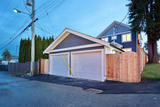 Photo 18: 2876 CLARKE Street in Vancouver: Renfrew Heights House 1/2 Duplex for sale (Vancouver East)  : MLS®# R2377167