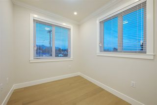Photo 17: 2876 CLARKE Street in Vancouver: Renfrew Heights House 1/2 Duplex for sale (Vancouver East)  : MLS®# R2377167