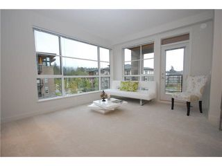 """Photo 2: 203 5983 GRAY Avenue in Vancouver: University VW Condo for sale in """"SAIL 1"""" (Vancouver West)  : MLS®# R2383362"""