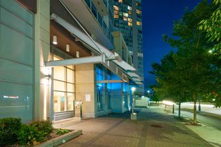 "Photo 2: 1505 13688 100 Avenue in Surrey: Whalley Condo for sale in ""PARK PLACE 1"" (North Surrey)  : MLS®# R2383904"