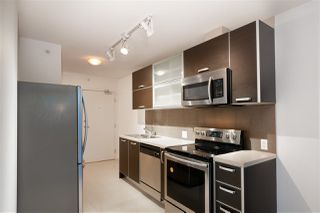 "Photo 12: 1505 13688 100 Avenue in Surrey: Whalley Condo for sale in ""PARK PLACE 1"" (North Surrey)  : MLS®# R2383904"