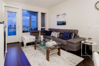 "Photo 3: 502 119 W 22ND Street in North Vancouver: Central Lonsdale Condo for sale in ""ANDERSON WALK"" : MLS®# R2389274"