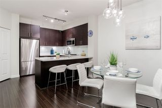 "Photo 6: 502 119 W 22ND Street in North Vancouver: Central Lonsdale Condo for sale in ""ANDERSON WALK"" : MLS®# R2389274"