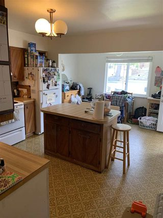 Photo 3: 6720 INVERNESS Street in Vancouver: South Vancouver House for sale (Vancouver East)  : MLS®# R2389572