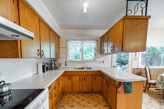 Photo 9: 6856 HUMPHRIES Avenue in Burnaby: Highgate House for sale (Burnaby South)  : MLS®# R2394536