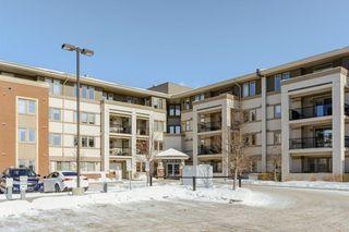 Photo 2: 408 4450 MCCRAE Avenue in Edmonton: Zone 27 Condo for sale : MLS®# E4169828