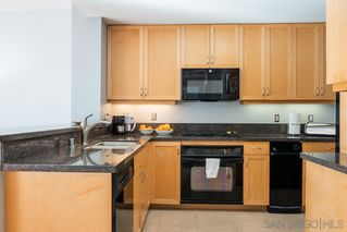 Photo 3: DOWNTOWN Condo for sale : 2 bedrooms : 850 Beech Street #907 in San Diego
