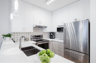 "Photo 8: 301 1388 NELSON Street in Vancouver: West End VW Condo for sale in ""ANDALUCA"" (Vancouver West)  : MLS®# R2444848"