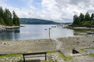 Photo 38: 4328 STRATHCONA Road in North Vancouver: Deep Cove House for sale : MLS®# R2465091